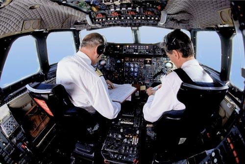 concorde_cockpit