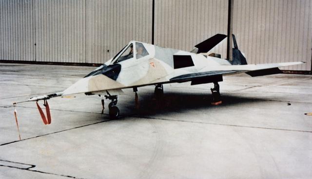 Skunk Works - Lockheed Have Blue