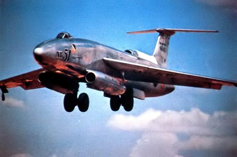 XB-51