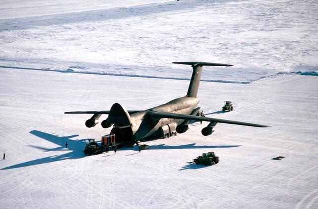 C-5 Galaxy at Pegasus Field, an ice runway near McMurdo Station, Antarctica in 1989