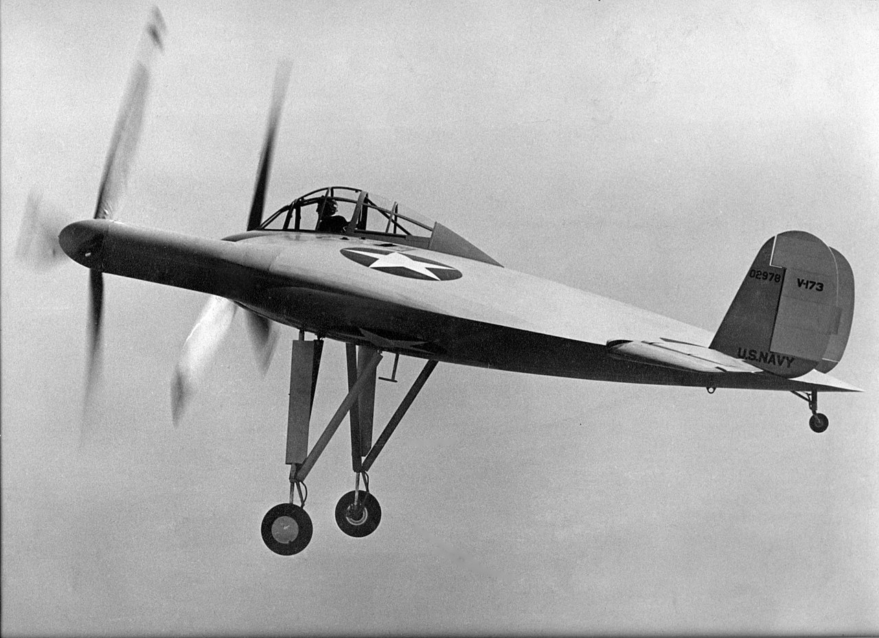Vought V-173 maiden flight 1942